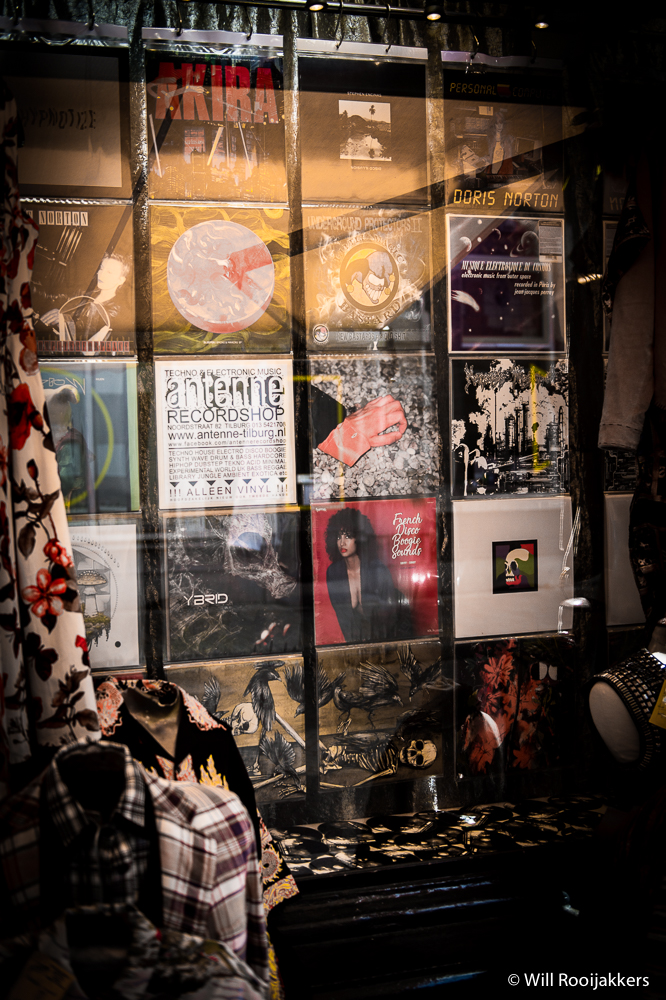 Antenne Record Shop Tilburg window
